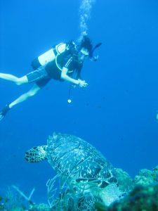 Laura-scuba-diving